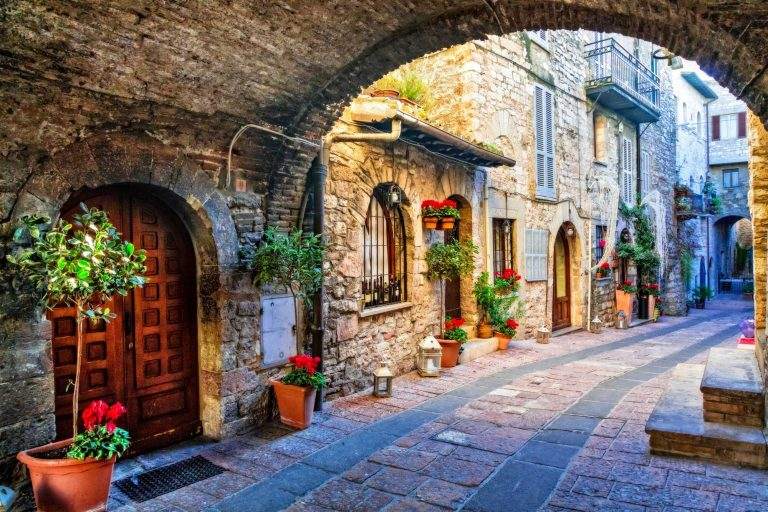 Spello – A Beautiful  Walled, Ancient Town in Italy